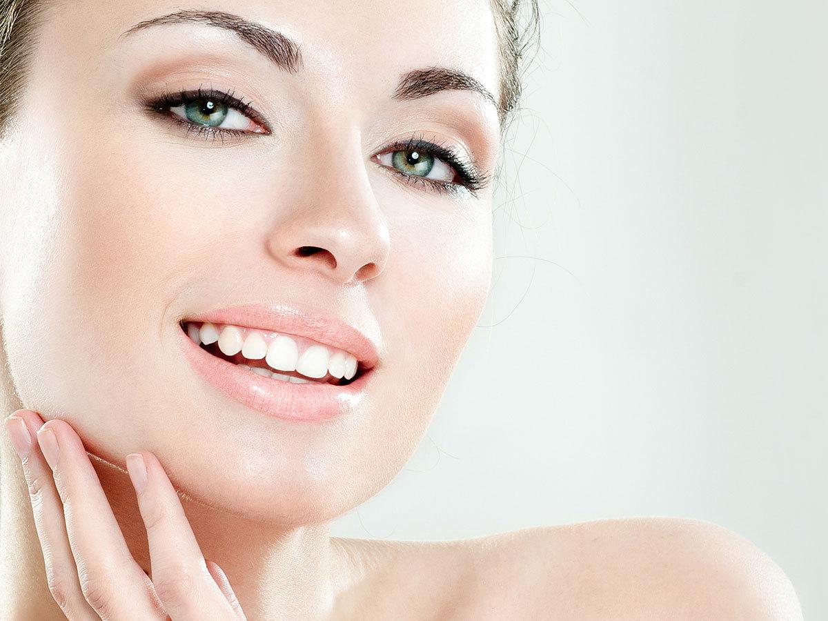 Lézeres ránctalanító arckezelés SafeLaser 150 mW nagyteljesítményű soft lézer speciális kozmetikai kezelővel /1 alkalom