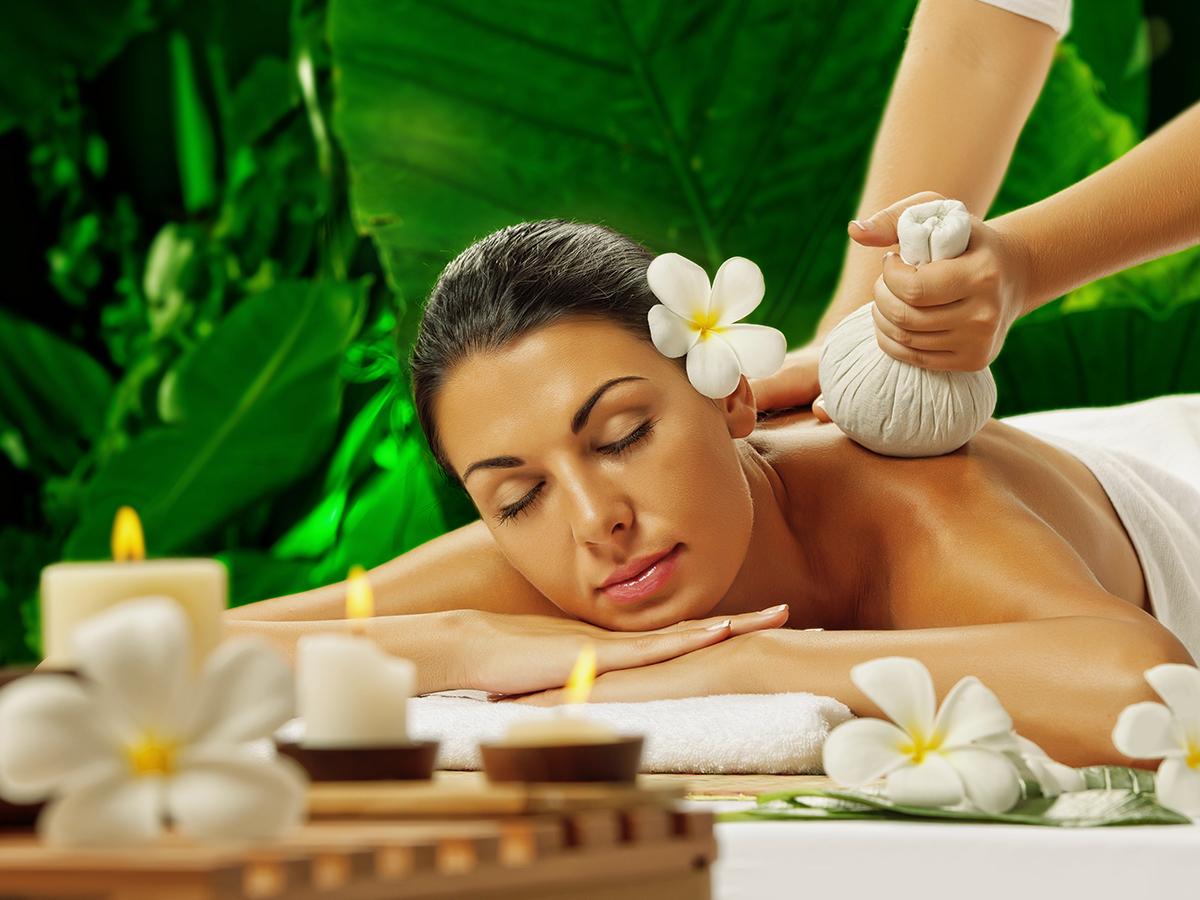 Tradicionális gyógynövény terápiás thai masszázs 90 percben / Cascade Wellness & Beauty, III. kerület