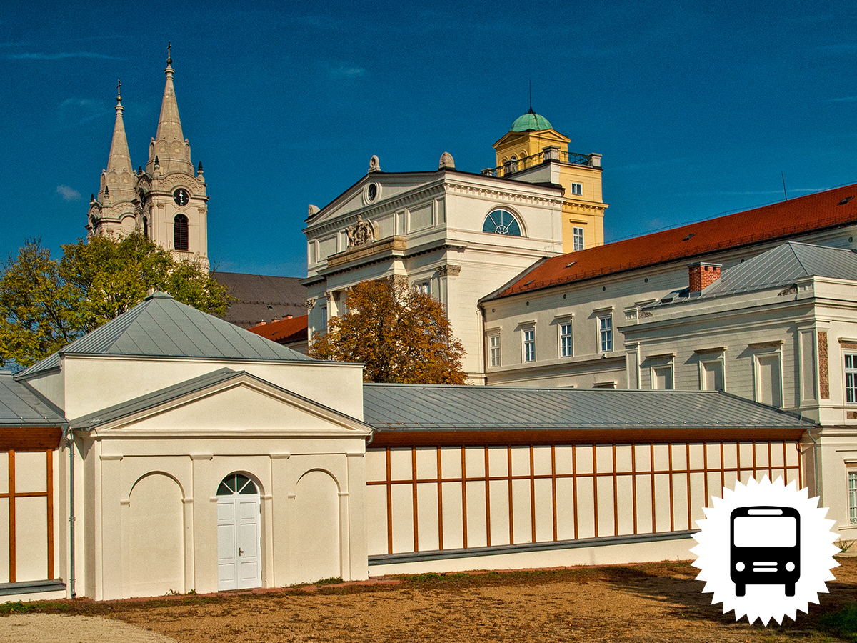 Bakonyi buszos utazás: Zirc - Ciszterci Bazilika és Arborétum, Bakonybél - Pannon Csillagda, Ganna – Esterházy mauzóleum, Herend – Porcelán Manufaktúra /fő
