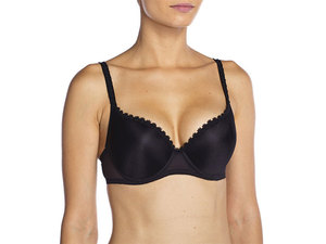 631_beuatypushup_bra_front_black_middle