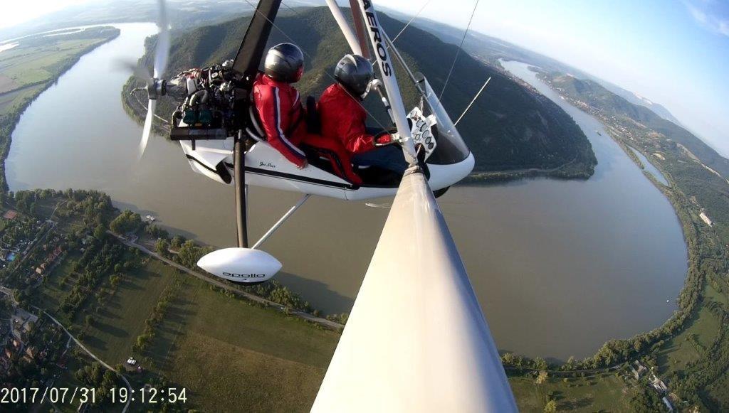RÉSZLETFIZETÉS - Sárkányrepülő élmény-séta repülés: 15 perc elméleti oktatás, 1 óra repülés / fő
