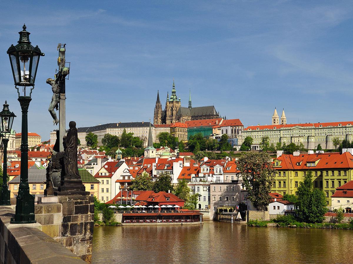PRÁGA, Csehország - szállás 4 nap/3 éjszakára a Hotel Vítkov***-ban 2 fő részére, reggelis ellátással