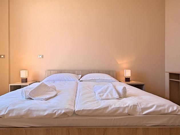2018.06.30-tól 07.14.-ig és 08.25-től 09.08-ig Aparthotel Rotonda Inn Novigrad 6 nap 5 éjszaka 2 fő részére Apartmanban