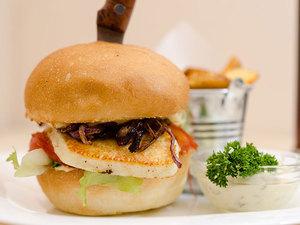 Kecskesajt-burger_middle