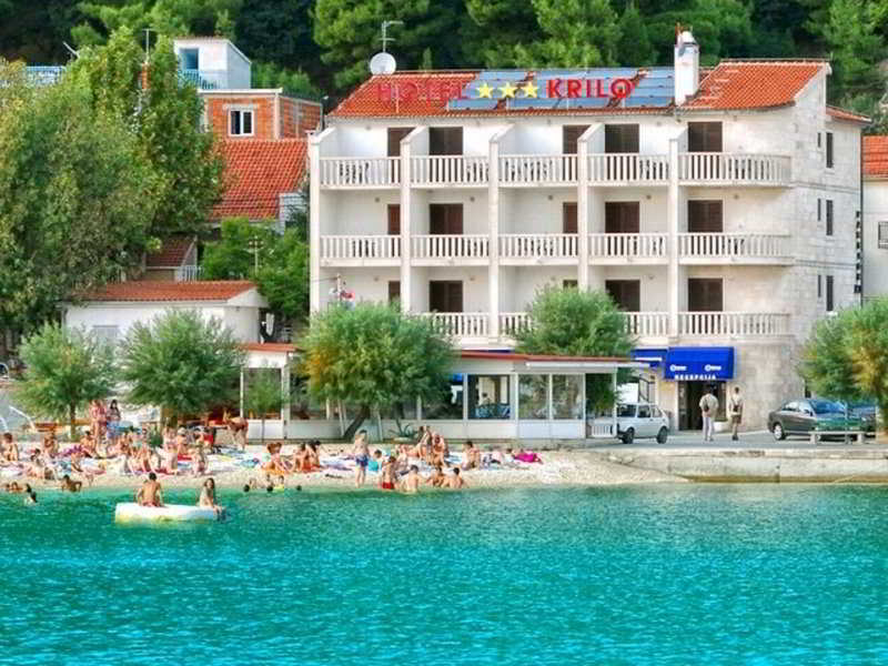 Horvátország, Hotel Krilo Jesenice*** szállás 6 nap / 5 éjszakára 2-3 fő részére reggelivel, privát strand használattal