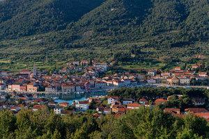 Stari_grad_from_glavica_hill_middle