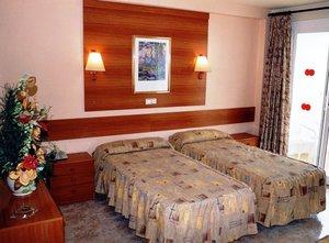 Hotel-riviera-santa-susanna_0_middle
