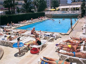 Hotel-riviera-santa-susanna_2_middle