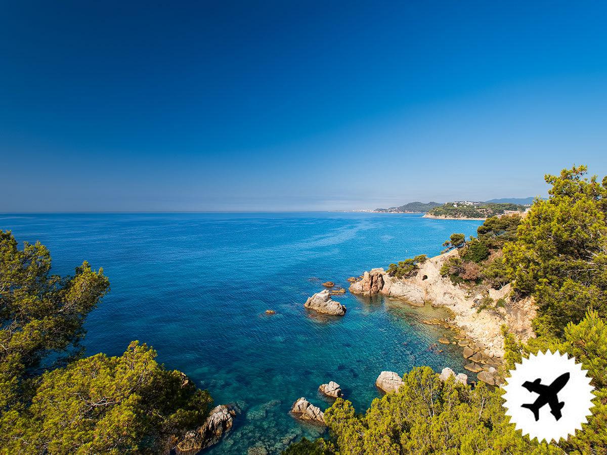 Costa Brava, repülős utazás szállással a Hotel Reymar Playa *** Malgrat de Mar-ban 8nap/7éjszakára félpanziós ellátással, helyi magyar asszisztenciával, repülőjegyekkel, illetékkel / 2 fő