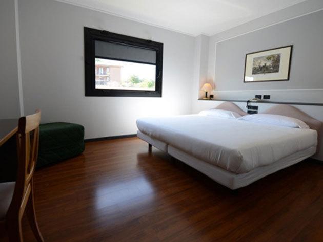 Olasz nyaralás! Urbino, Hotel Mamiani**** - 4 éjszaka szállás 2 fő részére reggelis ellátással, üdvözlőitallal + SPA