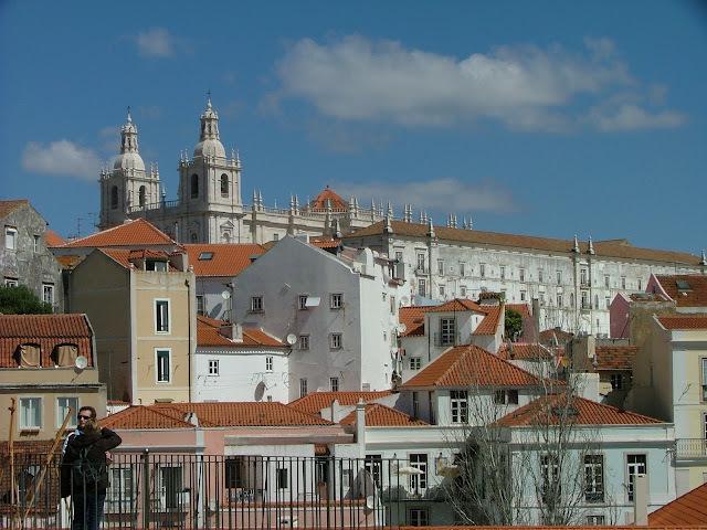 2018. nov.18, 25, dec. 02, 07, 14, 16. / Lisszabon, szállás a Residencial Horizonte***-ban 4nap/3éj 2 főre repjeggyel, reggeli, illetékek