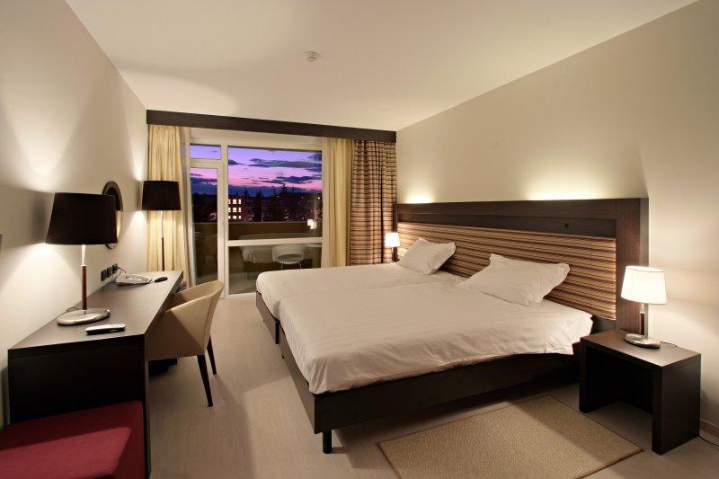 2018.06.01-27. és 09.09-10.01. között / 5 éj 2 fő részére a Sol Garden Istra Hotel**** klimatizált classic, erkélyes szobáiban félpanzióval