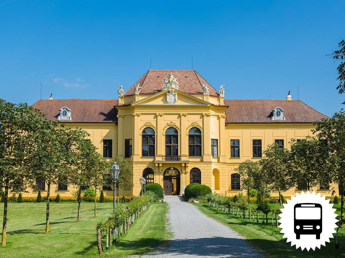 SCHLOSSHOF és ECKARTSAU, romantikus osztrák kastélyok - 1 napos buszos utazás / fő