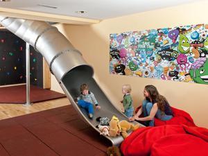 Kinder-rutschen-spielbereich-jufa-hotel-hochkar-sport-resort-940x705_middle