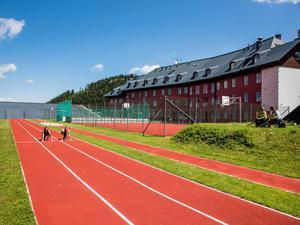Laufbahn-jufa-hotel-hochkar-sport-resort-laeufer-sommer-940x705_middle