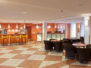 Lobby-rezeption-jufa-hotel-hochkar-sport-resort-940x705_middle
