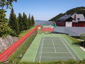 Sportplatz-jufa-hotel-hochkar-sport-resort-sommer-940x705_middle