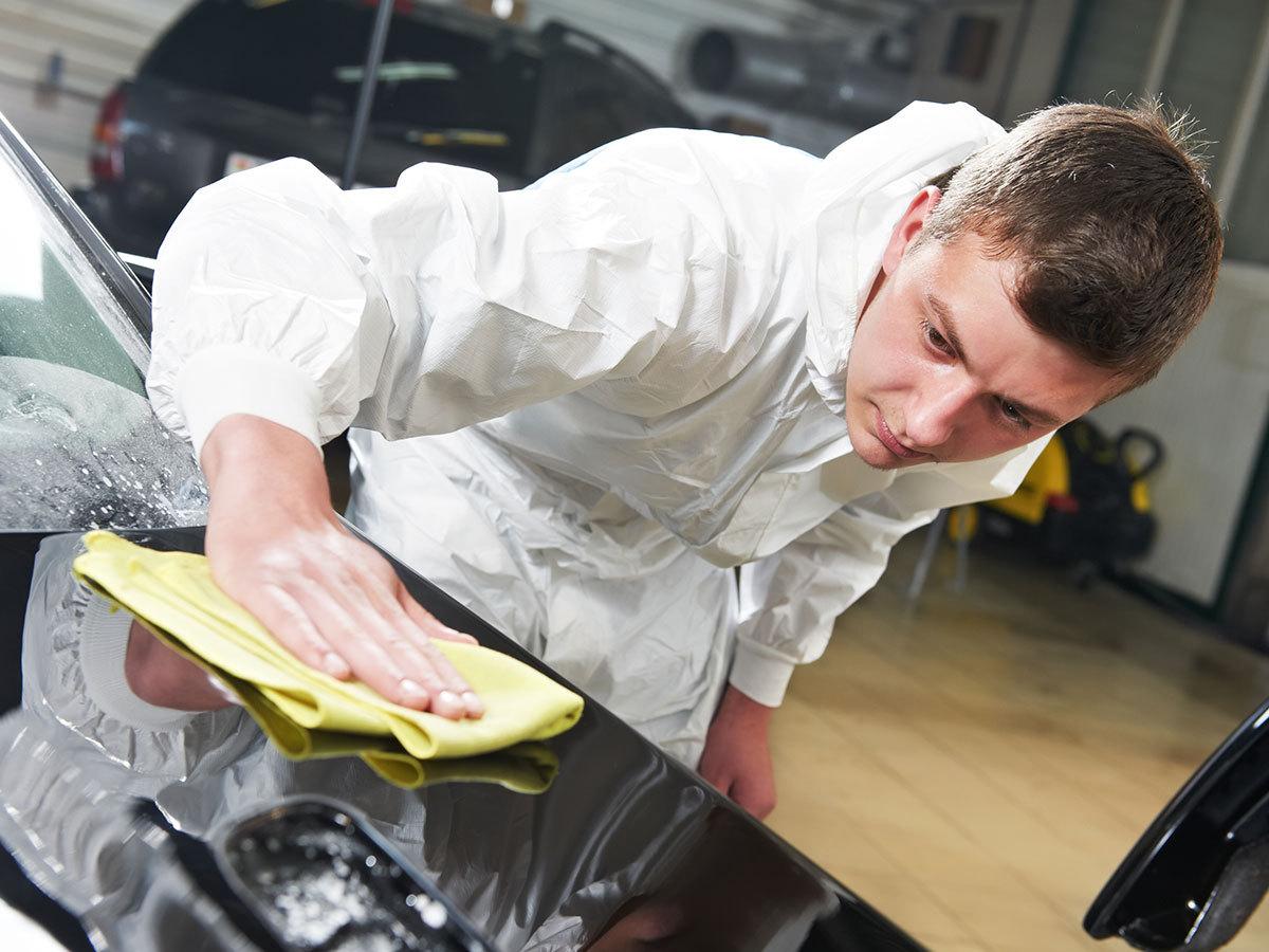 Wax & shine csomag (külső autómosás, belső tisztítás, wax bevonat (normál méretű személyautó) 135 perc
