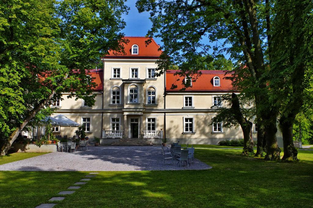 6 nap/5 éjszaka 2 fő részére, reggelivel egy lengyelországi kastélyszállóban Krakkóhoz közel - Dwór Sieraków****