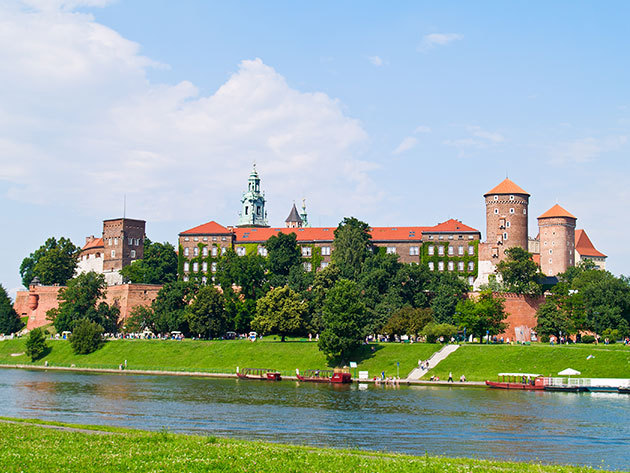 Dwór Sieraków***, Krakkó közeli szállás 6 nap/5 éjszakára 2 fő részére, reggelivel egy lengyelországi kastélyszállóban