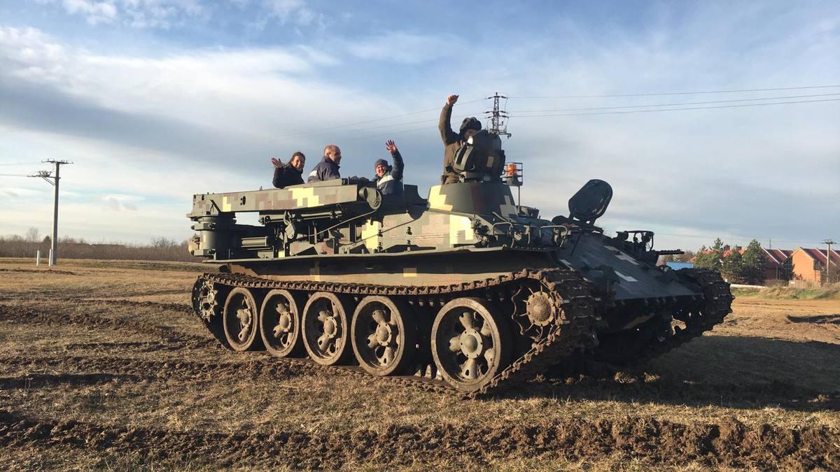 """Élményvezetés VT-55 Tank """"BIKA""""-val - """"L"""" CSOMAG"""