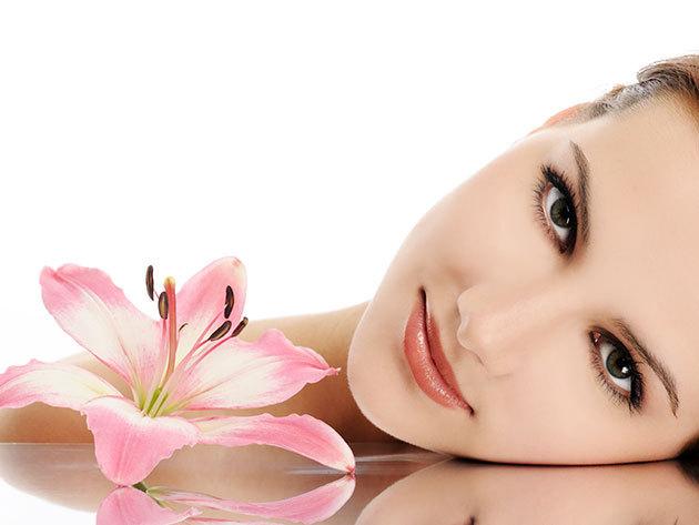 Komplett arc + nyak + dekoltázs masszázs, kényeztető mélyhidratáló arcpakolással és fejmasszázzsal (1 alkalom)