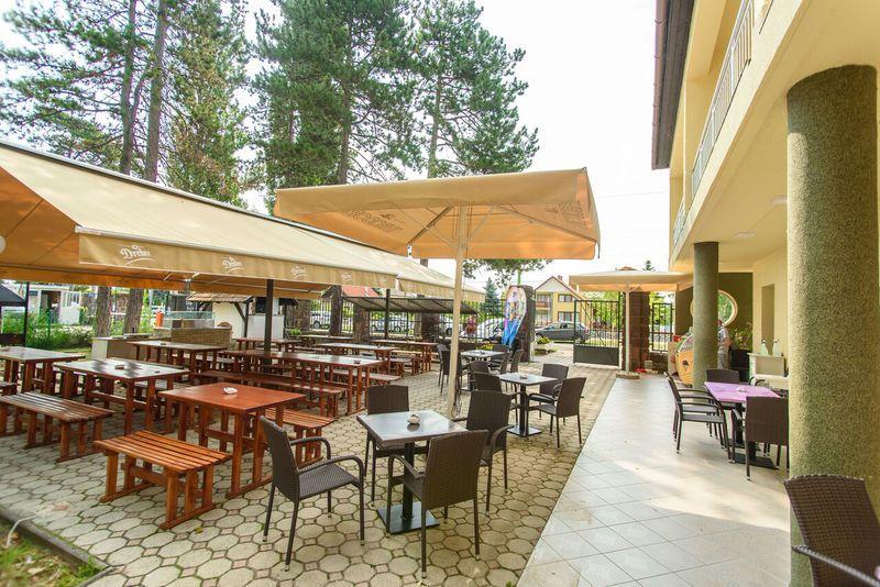 Balatonlelle, BL Garden Panzió - szállás 3 nap 2 éjszakára 2 fő részére félpanziós ellátással és wellness lehetőségekkel