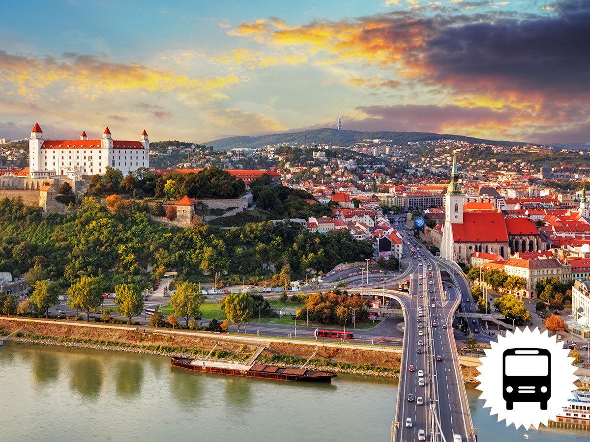 HÚSVÉT POZSONYBAN és SCHLOSSHOFBAN - buszos kirándulás Szlovákiába és Ausztriába / fő
