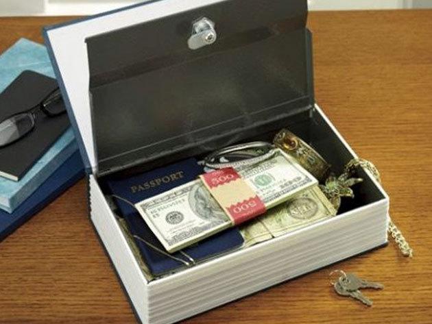 Könyv alakú biztonsági doboz kulcsos zárral - rejtsd el értékeidet az illetéktelenek elől!