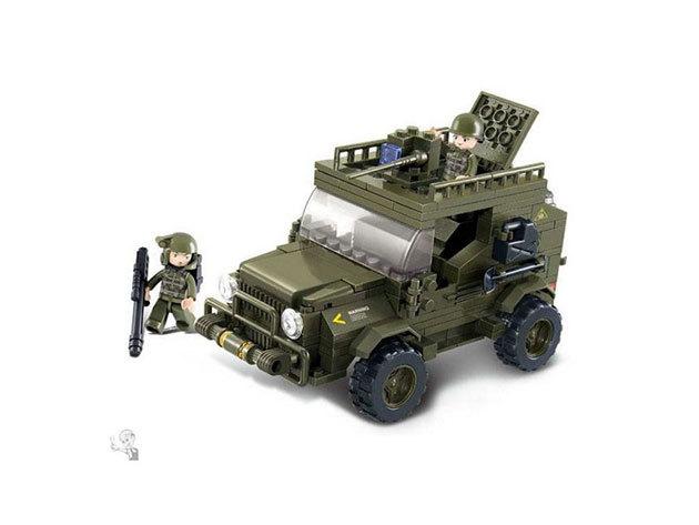 Sluban katonai SUV építőkészlet