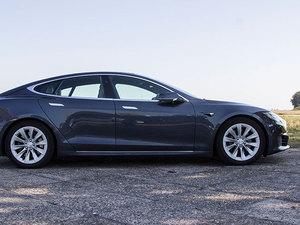 Tesla_7_middle