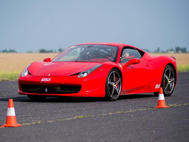 Páros ajánlatok a DRX Ringen 2 fő részére! Lamborghini Gallardo- Ferrari 458 Italia 2*3 kör