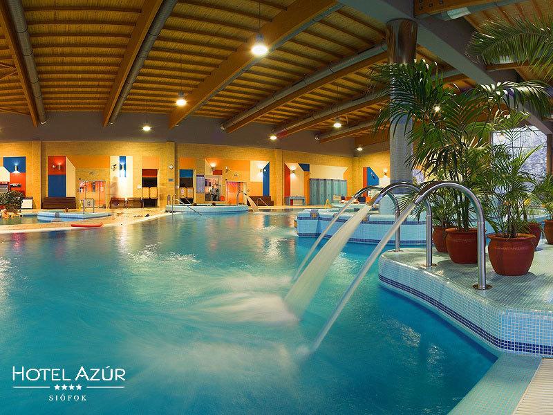 Siófok, Villa Azúr**** - 3 nap/2 éjszaka szállás 2 fő részére félpanziós ellátással és wellness használattal, a Balaton partján