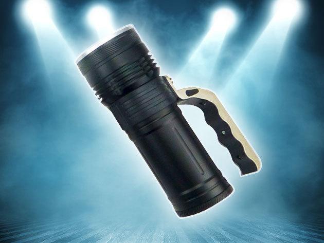 LED lámpa TP6-479 ZOOM-mal / Tölthető akkumulátor, vízálló és ütésálló fém váz, nagy fényerő