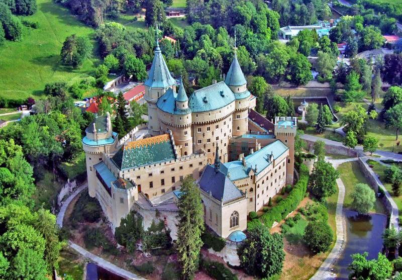 2019.08.20. Szlovákia – Látogatás a Bajmóci mesekastélyba, állatkertbe és séta a csodasétányon / fő