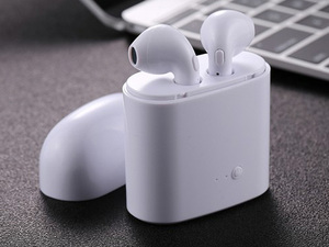 Bluetooth-headset-toltovel_middle