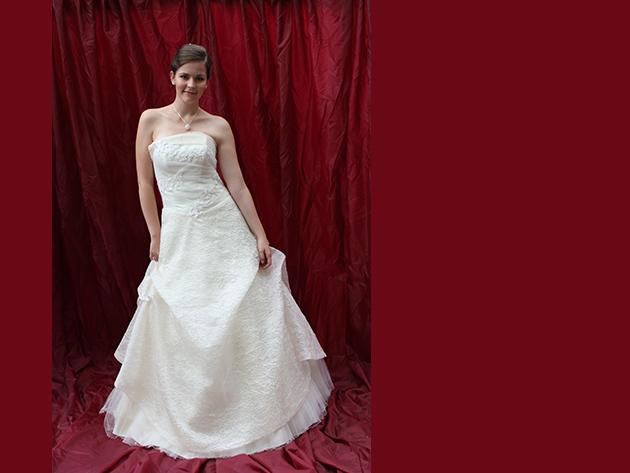 Esküvői ruha 2. kategória 2.