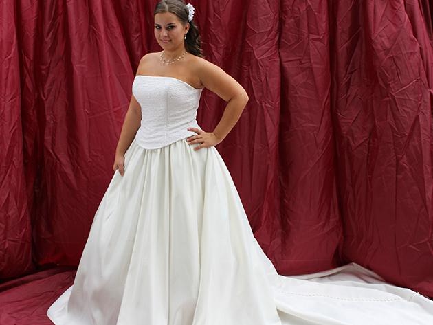 Esküvői ruha 2. kategória 3.