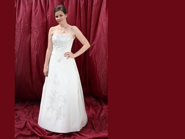 Esküvői ruha 4. kategória 4.