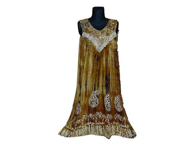 Nagy méretű hosszú ruha Indiából 2205 - arany