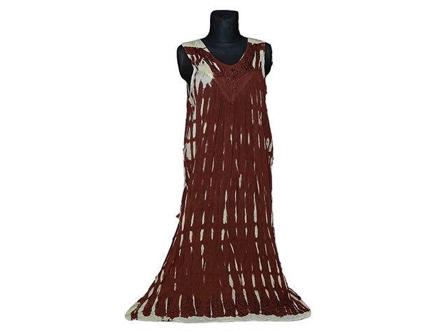Nagy méretű hosszú ruha Indiából 2511 - barna