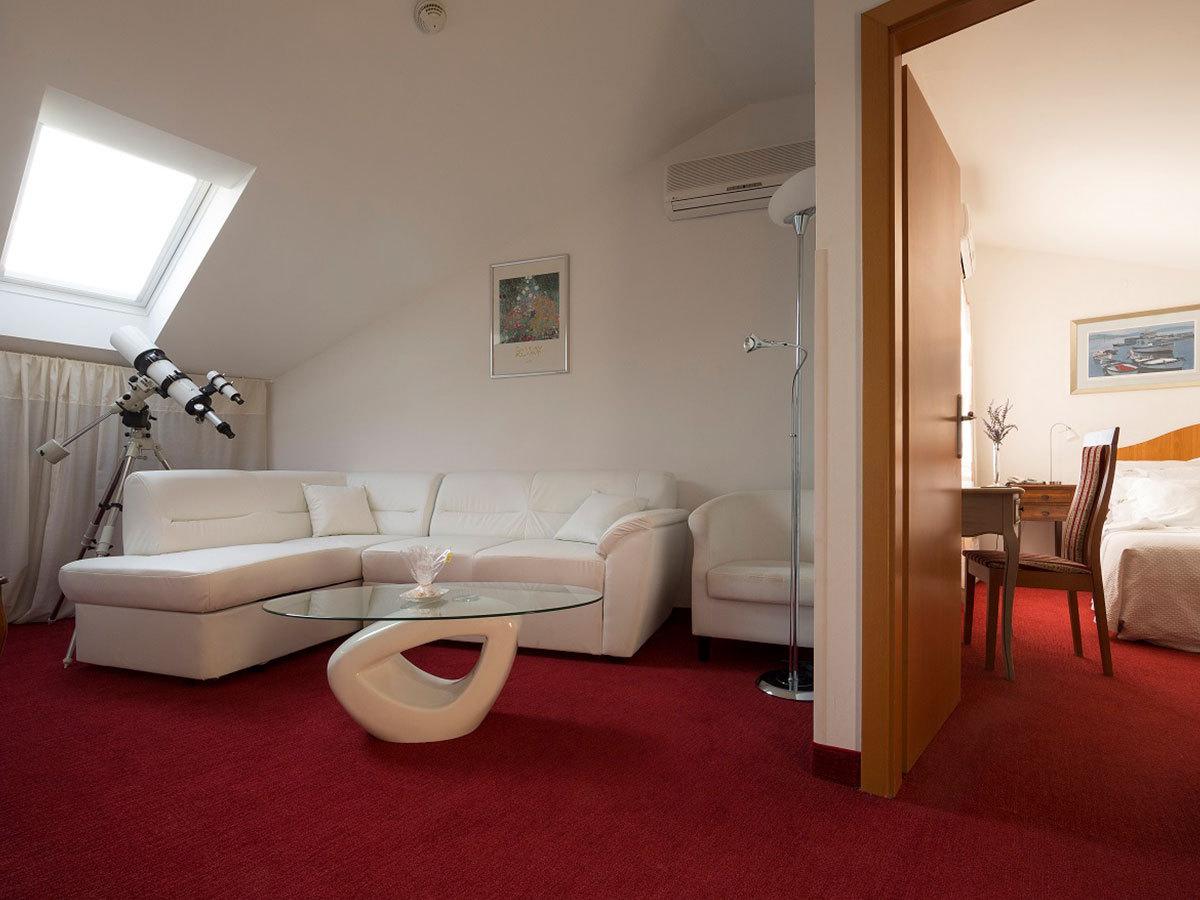 2019.07.05.-09.01. között: Horvátország, Rovinj Hotel Vila Lili *** 4 nap 3 éjszaka  2 főnek