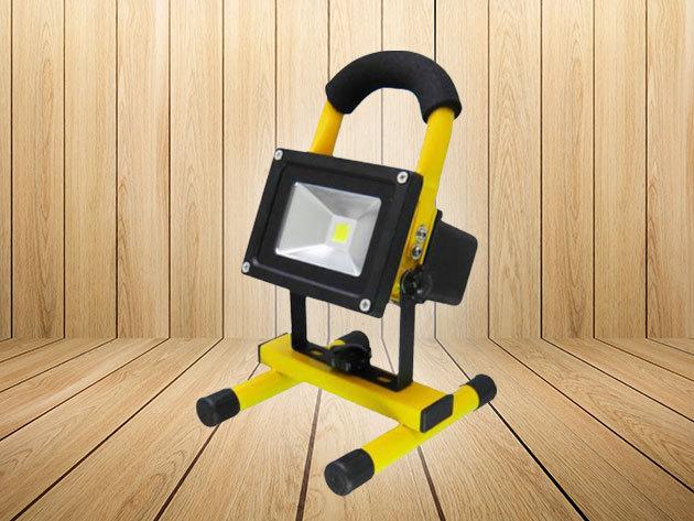 LED reflektor beépített akkumulátorral / hordozható, energiatakarékos, kül- és beltéren is használható
