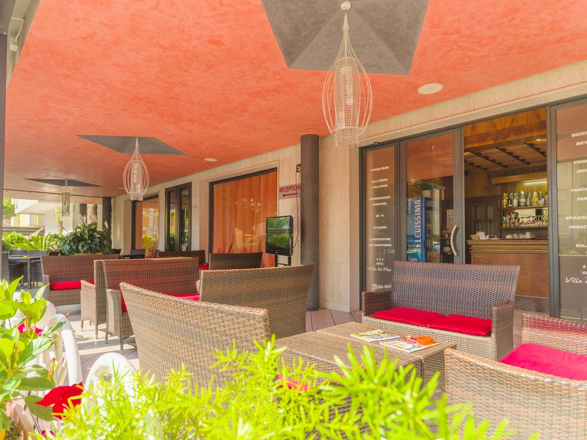 2019.05.05.-05.29. és  2019.09.08-09.21. között: Hotel Villa Del Mare*** Bibione 4 nap 3 éj 2 fő részére reggelivel
