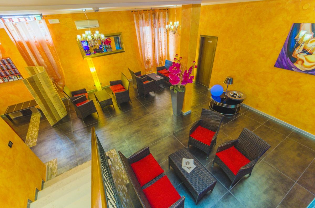 2019.06.20.-07.12 és 2019.08.25-09.07.között: Hotel Villa Del Mare*** Bibione 4 nap 3 éj 2 fő részére reggelivel