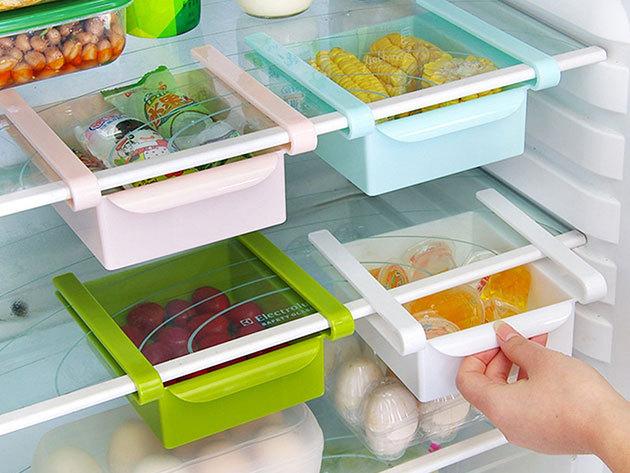 Hűtőbe helyezhető tárolódoboz, mellyel plusz helyet teremthetsz - az üvegpolcra akaszthatod