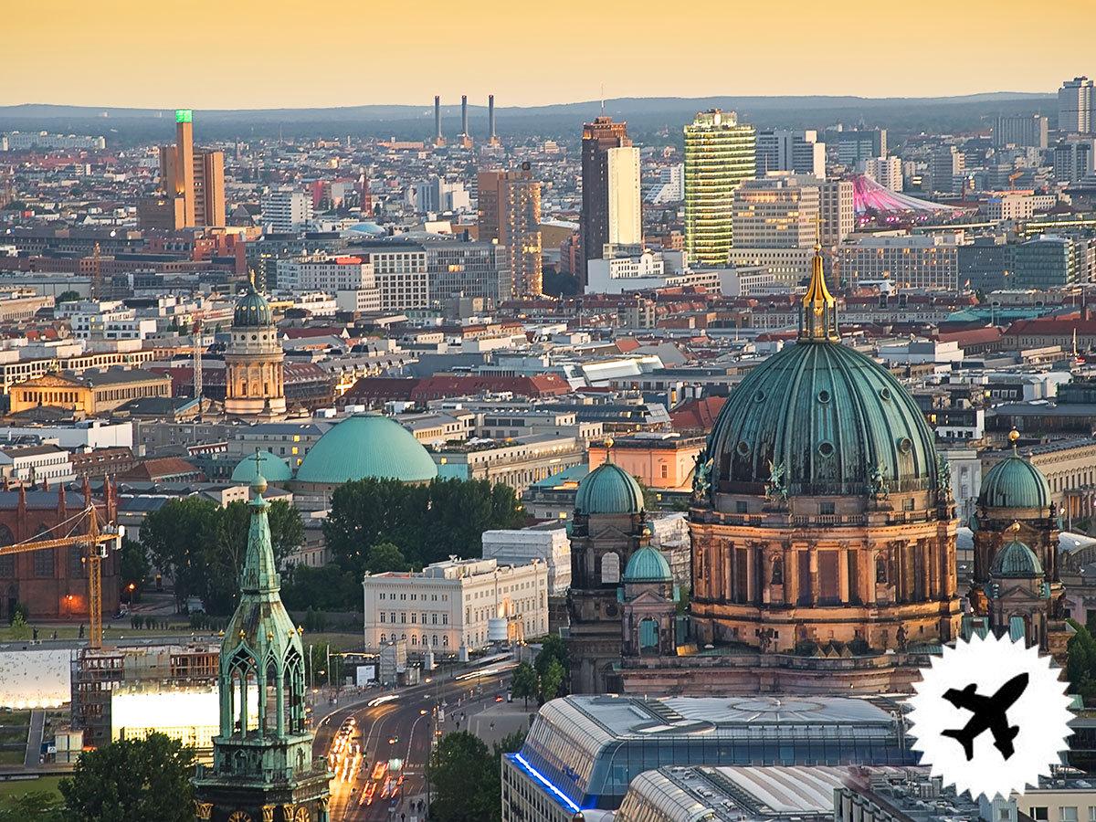 Berlin, utazás repülővel, 2 éjszaka szállás reggelis ellátással, programokkal / fő (repjegy illetékekkel külön fizetendő)