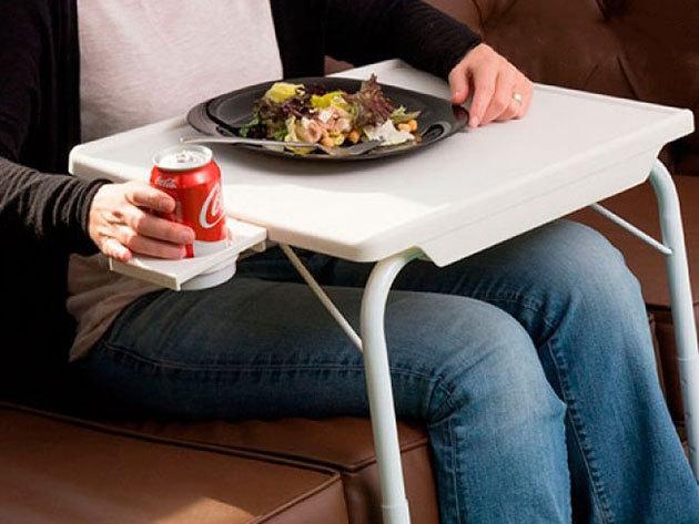 Étkezőasztal pohártartóval - a kanapéhoz vagy ágyadhoz húzhatod, állíthatod a magasságát és dőlésszögét