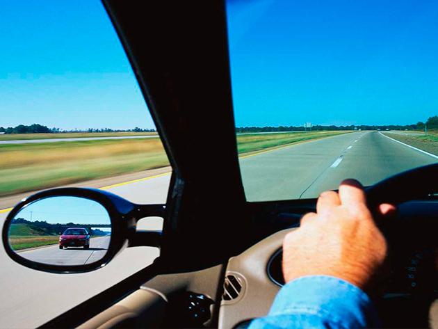 X-car autósiskola: KRESZ elmélet + 3 óra gyakorlat + elsősegély tanfolyam kedvezménnyel
