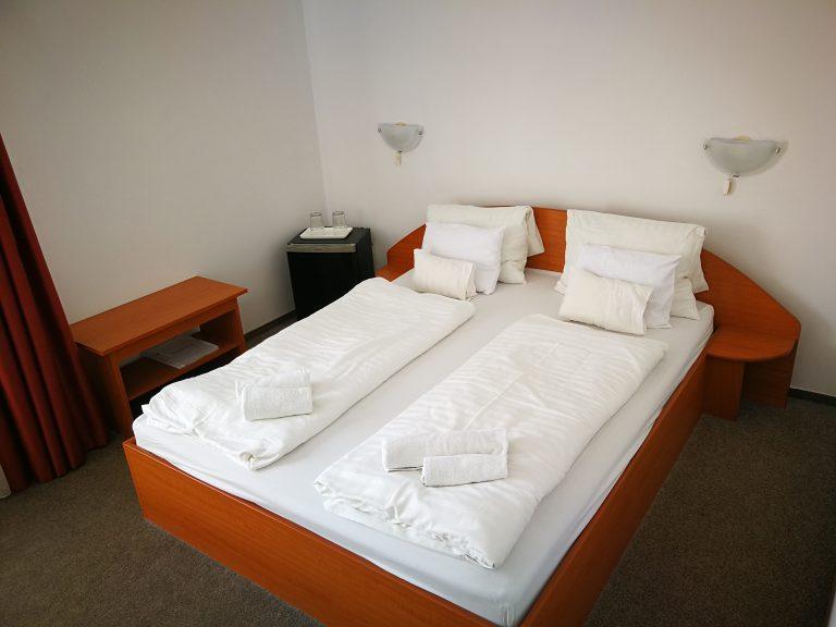 2020.01.06-04.30-ig  Átrium Hotel*** Harkány 4 nap 3 éjszaka szállás 2 fő részére standard classic kétszemélyes franciaágyas szobában félpanzióval